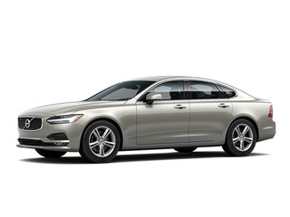 2018 Volvo S90 T5 AWD Momentum Sedan LVY982MK5JP032919 for sale in Milford, CT at Connecticut's Own Volvo