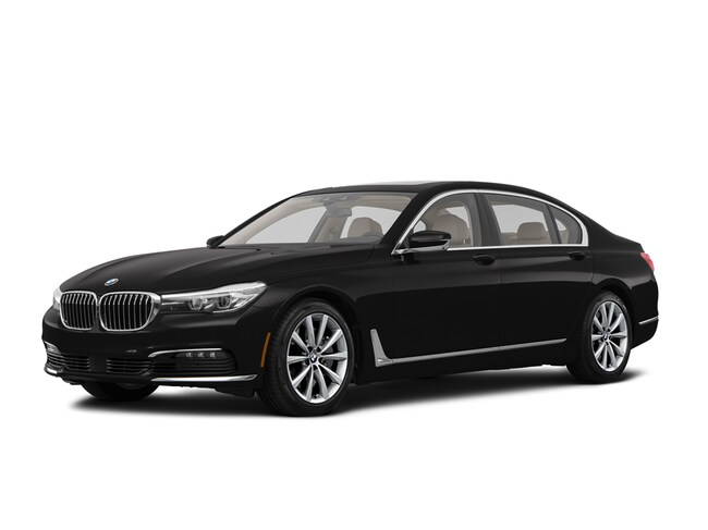 New 2019 BMW 740i Sedan Chico
