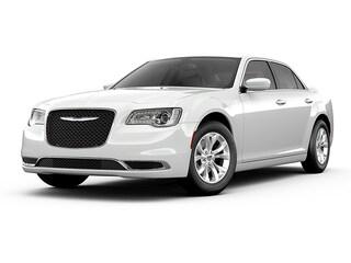 New 2019 Chrysler 300 TOURING AWD Sedan in Brunswick, OH