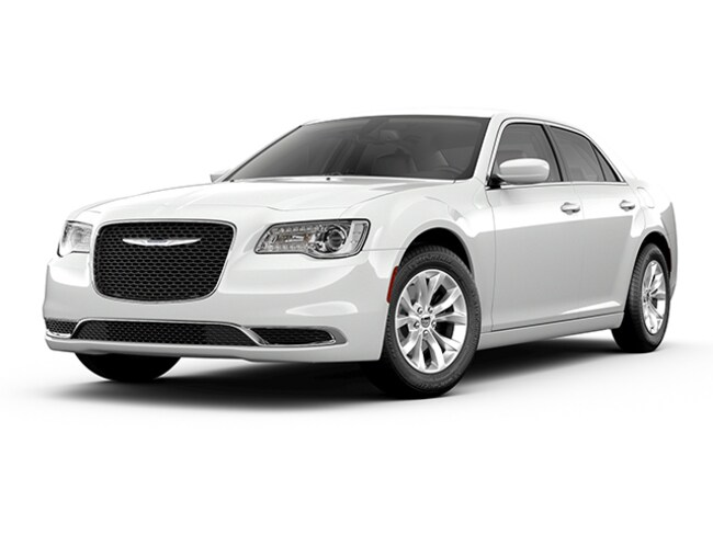 New 2019 Chrysler 300 TOURING L AWD Sedan Near Buffalo
