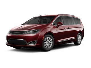 2019 Chrysler Pacifica Van Velvet Red Pearlcoat