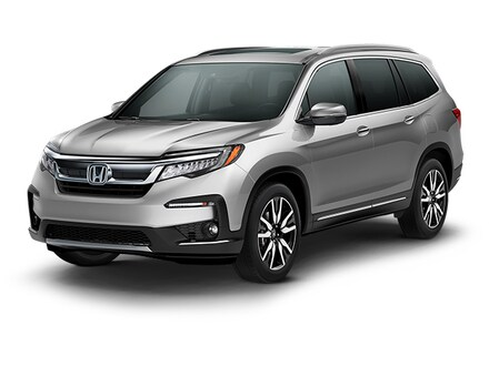 Featured New 2019 Honda Pilot Touring 8-Passenger AWD SUV for sale in Medina, OH