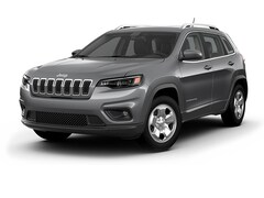 New 2019 Jeep Cherokee LATITUDE 4X4 Sport Utility in Ellington, CT