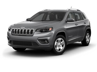 New 2019 Jeep Cherokee LATITUDE 4X4 Sport Utility in Horsham PA