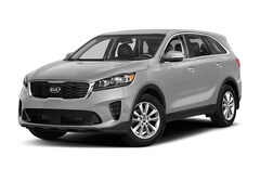 new Kia vehicle 2019 Kia Sorento 2.4L L SUV for sale near you in Perry, GA