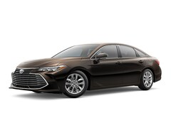 2019 Toyota Avalon Hybrid XLE Sedan