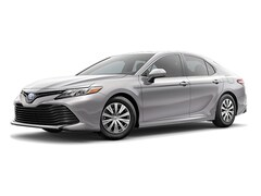 New 2019 Toyota Camry Hybrid LE Sedan serving Tampa