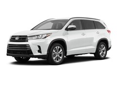 New 2019 Toyota Highlander LE I4 SUV in Rockwall, TX