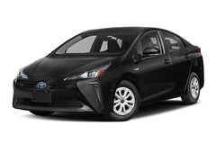 New 2019 Toyota Prius L Hatchback near Dallas, TX
