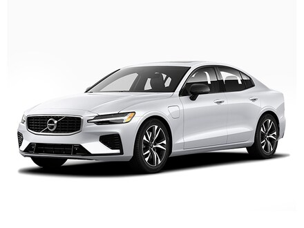 New 2018 Volvo XC60 For Sale at Volvo Cars Mt. Kisco | VIN: LYVA22RM0JB111006