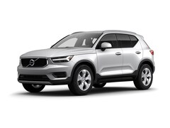 New 2019 Volvo XC40 Momentum SUV V19720 for Sale in Schaumburg, IL at Patrick Volvo Cars