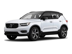 New 2019 Volvo XC40 T5 R-Design SUV V191046 in Des Moines, IA