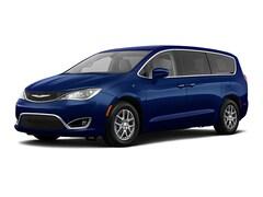 2020 Chrysler Pacifica Hybrid TOURING Passenger Van