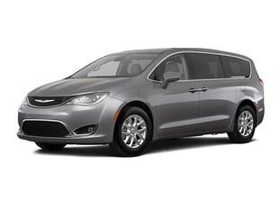 2020 Chrysler Pacifica Touring Van Passenger Van