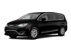 New 2020 Chrysler Pacifica Touring Minivan for sale near Charlotte, NC