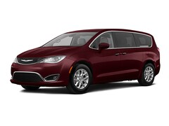 2020 Chrysler Pacifica TOURING Van