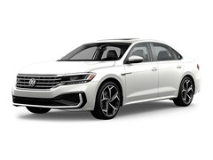 New 2020 Volkswagen Passat 2.0T R-Line Sedan For Sale in Stockton