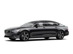 New 2020 Volvo S90 T6 R-Design Sedan near Cleveland
