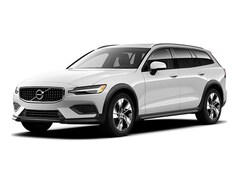 2020 Volvo V60 Cross Country SUV