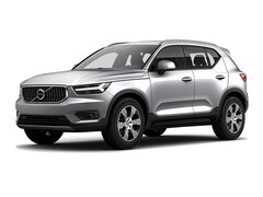 New 2020 Volvo XC40 T5 Inscription SUV YV4162UL6L2206349 Glacier Silver in Wichita