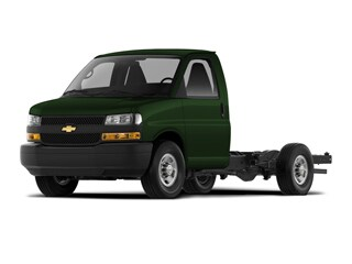 2021 Chevrolet Express Cutaway 4500 Truck Woodland Green