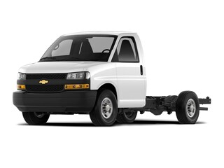 New 2021 Chevrolet Express Cutaway 4500 Series Chassis in Osseo