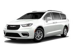 2021 Chrysler Pacifica TOURING AWD Passenger Van