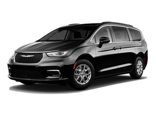 2021 Chrysler Pacifica Touring Minivan/Van for sale in Mendon, MA at Imperial Cars