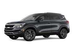 New 2021 Kia Seltos S SUV KNDEUCAA8M7147361 K3677 in State College, PA at Lion Country Kia