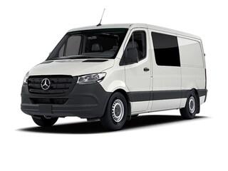2021 Mercedes-Benz Sprinter 2500 Standard Roof I4 Diesel Van Crew Van