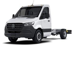 2021 Mercedes-Benz Sprinter 3500XD Chassis Standard Roof V6 170