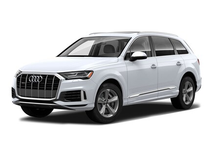 Featured new 2022 Audi Q7 45 Premium SUV for sale near Smithtown, NY