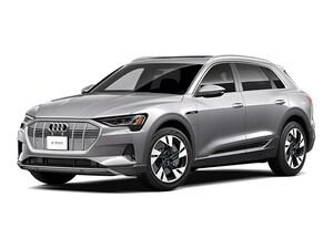 2022 Audi e-tron Premium Plus