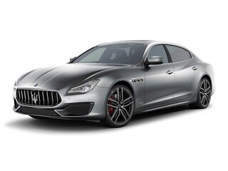 2022 Maserati Quattroporte Sedan