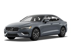 New 2022 Volvo S60 B5 Inscription Sedan in Grand Rapids, MI