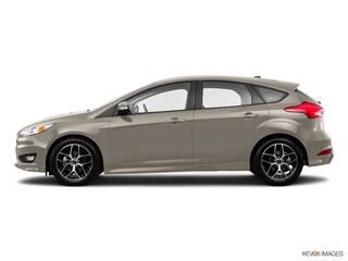 2015 Ford Focus SE Hatchback 1FADP3K2XFL314815