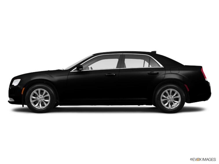 Used 2015 Chrysler 300 Limited Sedan For Sale Lubbock, Texas