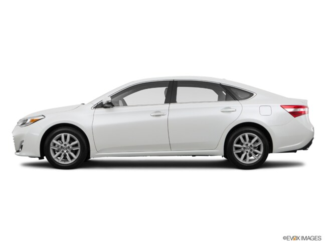 Used 2015 Toyota Avalon XLE Sedan in Barstow, CA