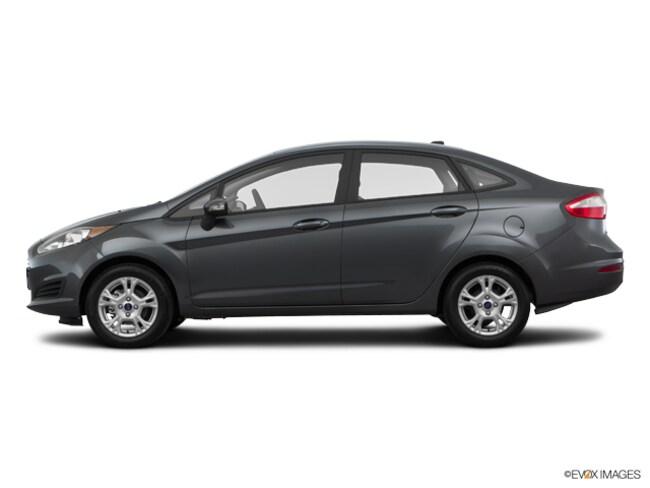 2016 Ford Fiesta SE Front-Wheel Drive  Sedan
