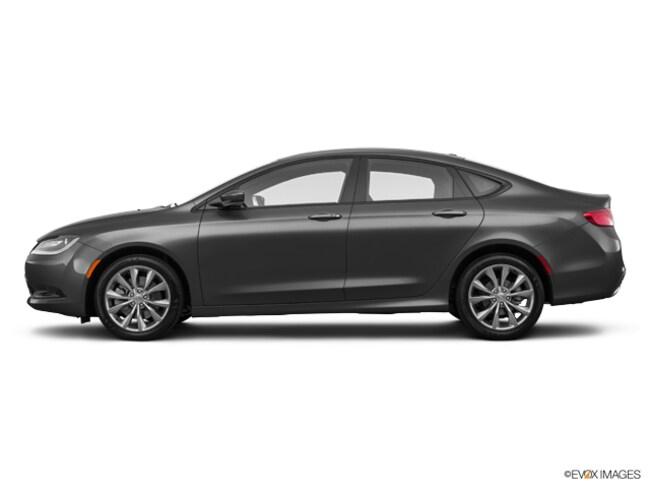 new 2016 Chrysler 200 S Sedan in Staten Island