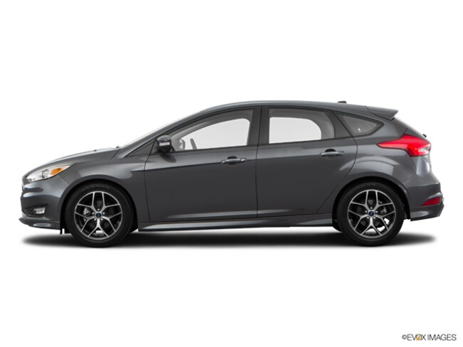 2016 Ford Focus SE Hatchback for sale in Cleburne