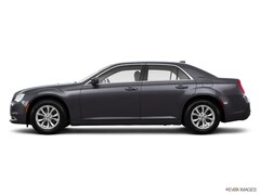 Used 2016 Chrysler 300 Limited Sedan 2C3CCAAG1GH235426 for Sale in Athens, TN
