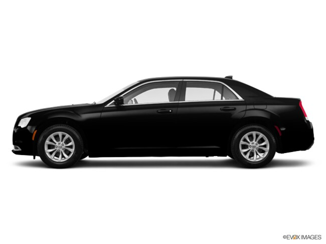 Used 2016 Chrysler 300 Limited Sedan