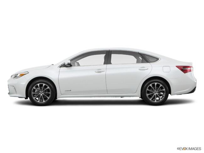 New 2016 Toyota Avalon Hybrid XLE Premium Sedan in Barstow, CA