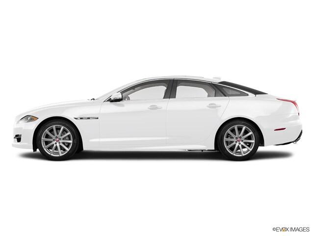 2016 Jaguar XJ R-Sport Sedan