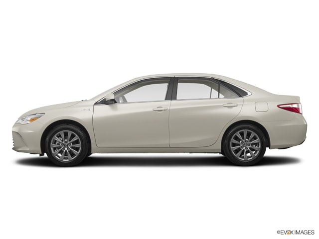 New 2017 Toyota Camry Hybrid XLE Sedan Grand Forks, ND