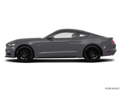 2017 Ford Mustang GT Fastback coupe