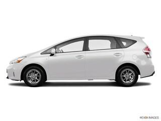 2017 Toyota Prius v Three Wagon JTDZN3EU8HJ074374