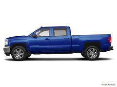 Used 2017 Chevrolet Silverado 1500 4WD Crew Cab 143.5 LT w/2LT Crew Cab Pickup for sale in Eau Claire, WI