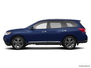2017 Nissan Pathfinder Platinum SUV